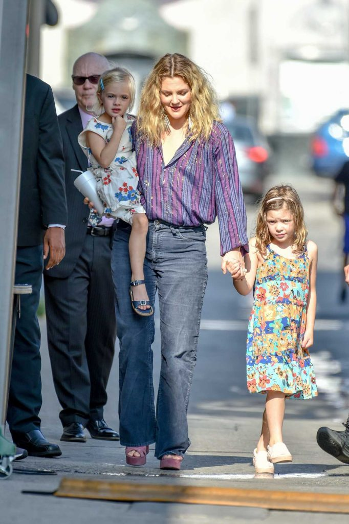 Drew Barrymore Arrives at Jimmy Kimmel Live with Her Daughters in Hollywood-2