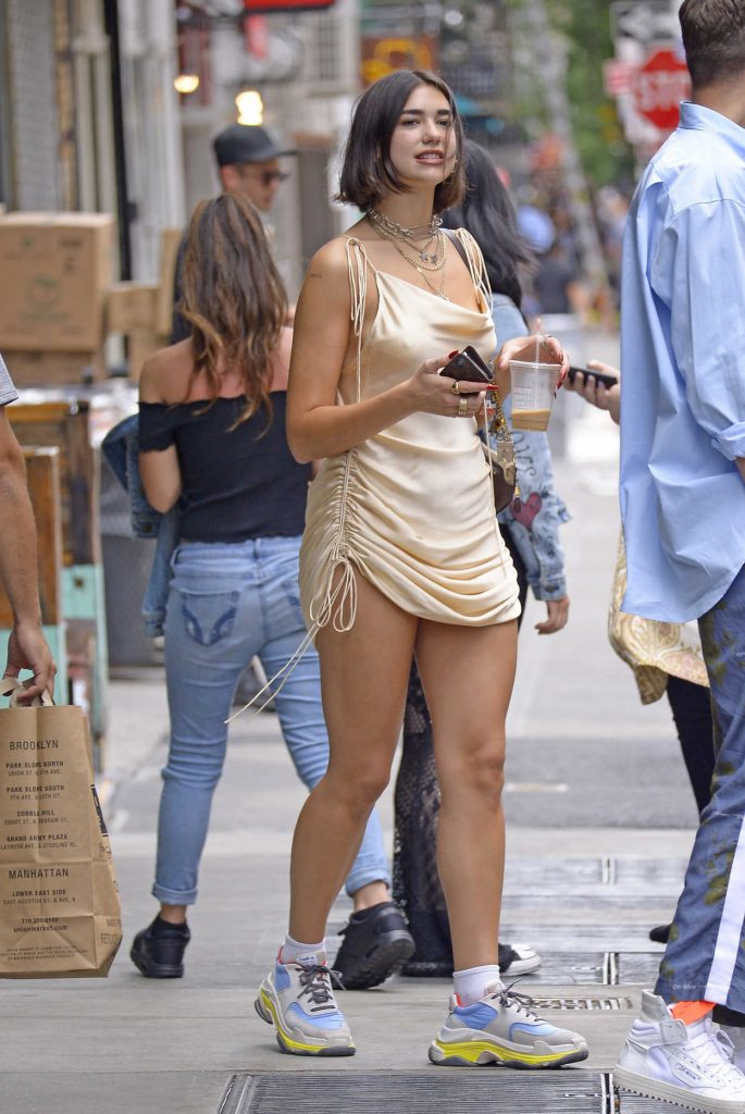 Dua Lipa Goes for Coffee in New York City-3