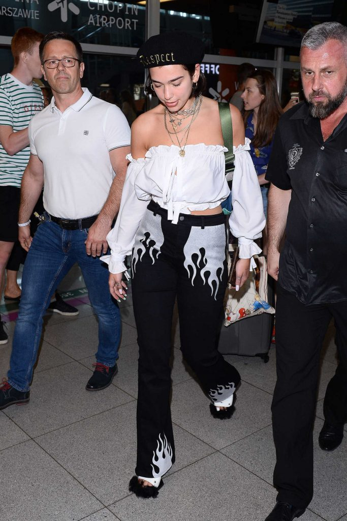 Dua Lipa Was Seen at the Airport in Warsaw-3