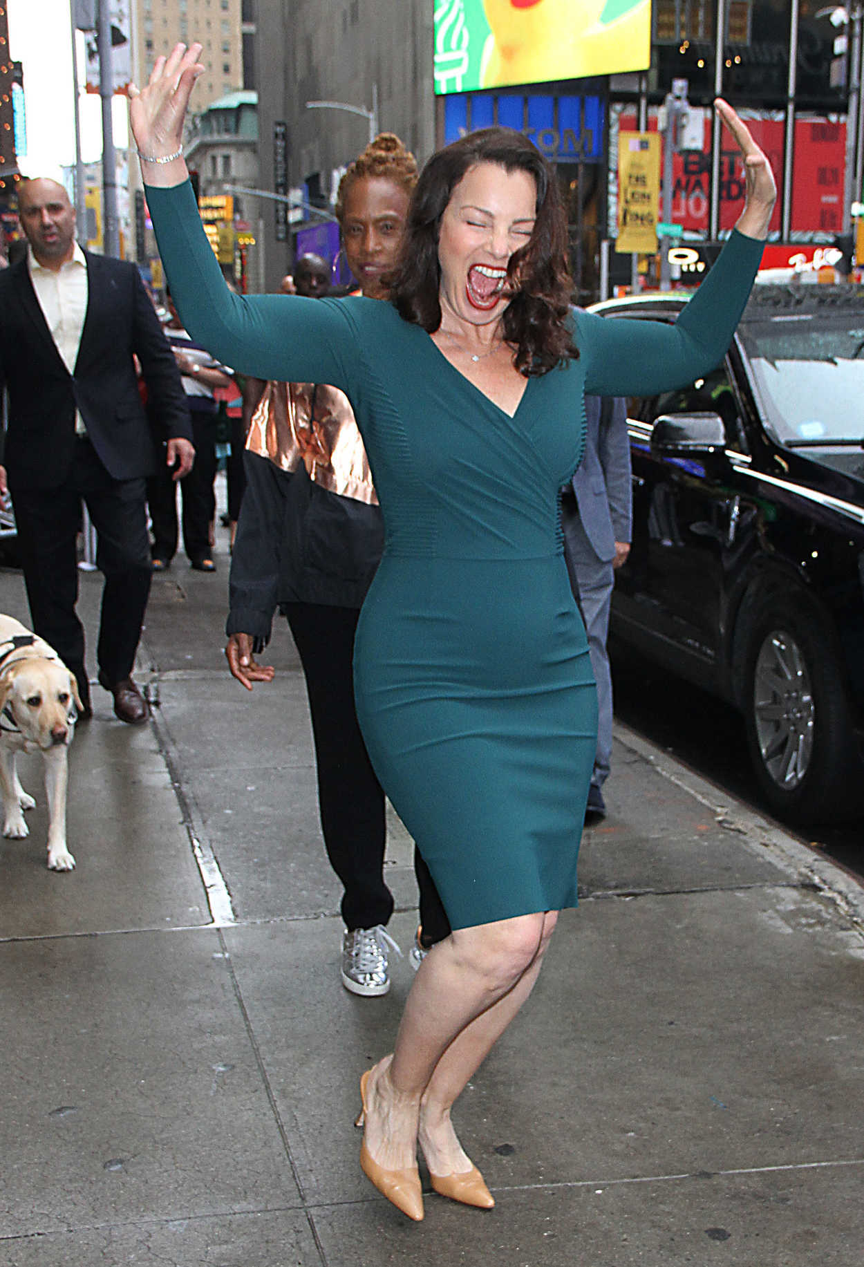 New York Fashion Show >> Fran Drescher Leaves Good Morning America Show in New York – Celeb Donut