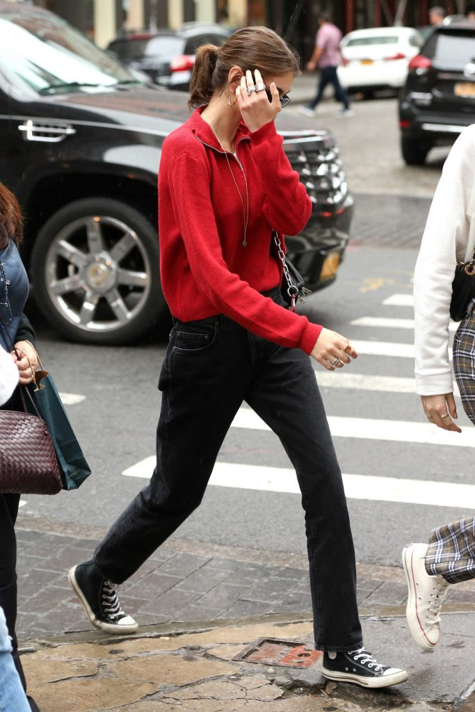 Kaia Gerber Was Spotted Out in Soho in New York City-1