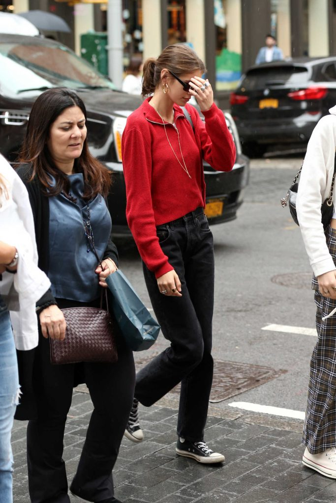 Kaia Gerber Was Spotted Out in Soho in New York City-2