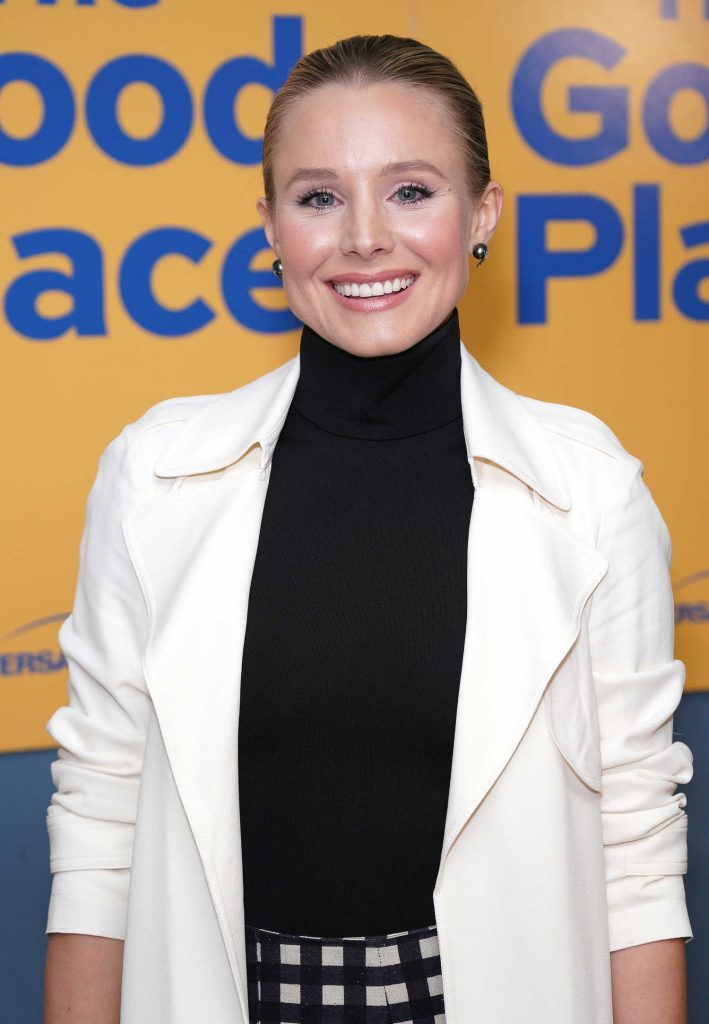 Kristen Bell Attends The Good Place in Hollywood-3