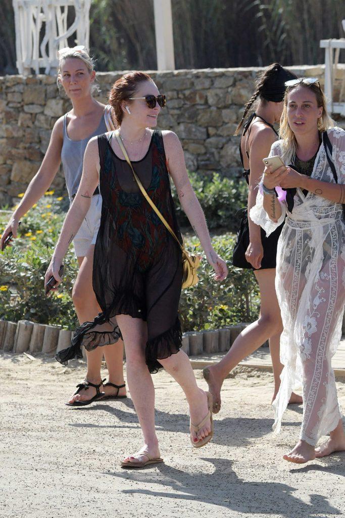 Lindsay Lohan Was Spotted Outside Lohan Beach House in Mykonos-1