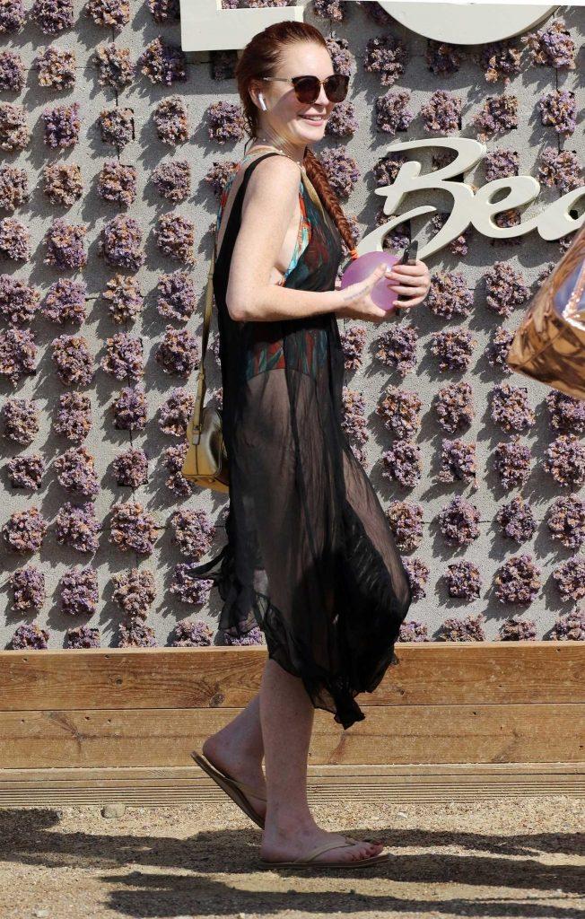 Lindsay Lohan Was Spotted Outside Lohan Beach House in Mykonos-5