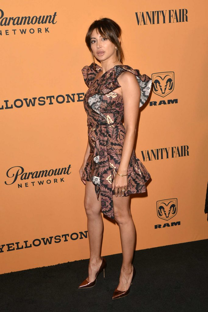 Noureen DeWulf at Yellowstone TV Show Premiere in Los Angeles-3