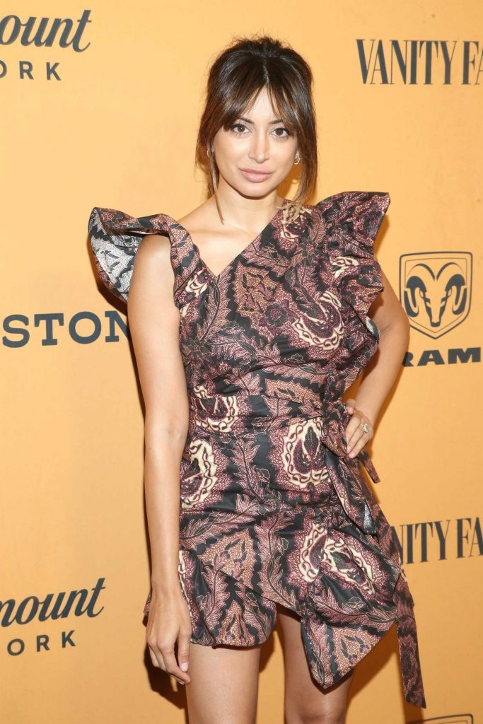 Noureen DeWulf at Yellowstone TV Show Premiere in Los Angeles-4
