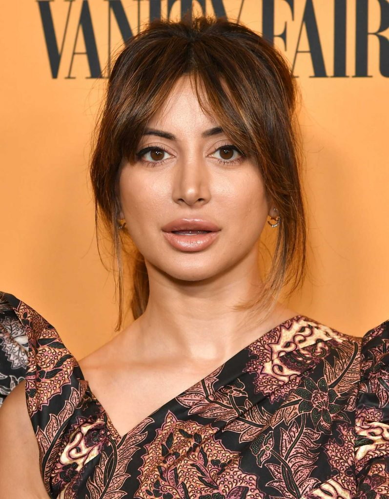Noureen DeWulf at Yellowstone TV Show Premiere in Los Angeles-5
