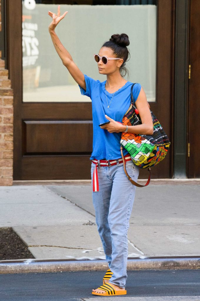 Thandie Newton Hails a Taxi in New York City-2