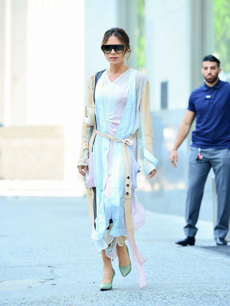 Victoria Beckham Steps Out in New York City-2