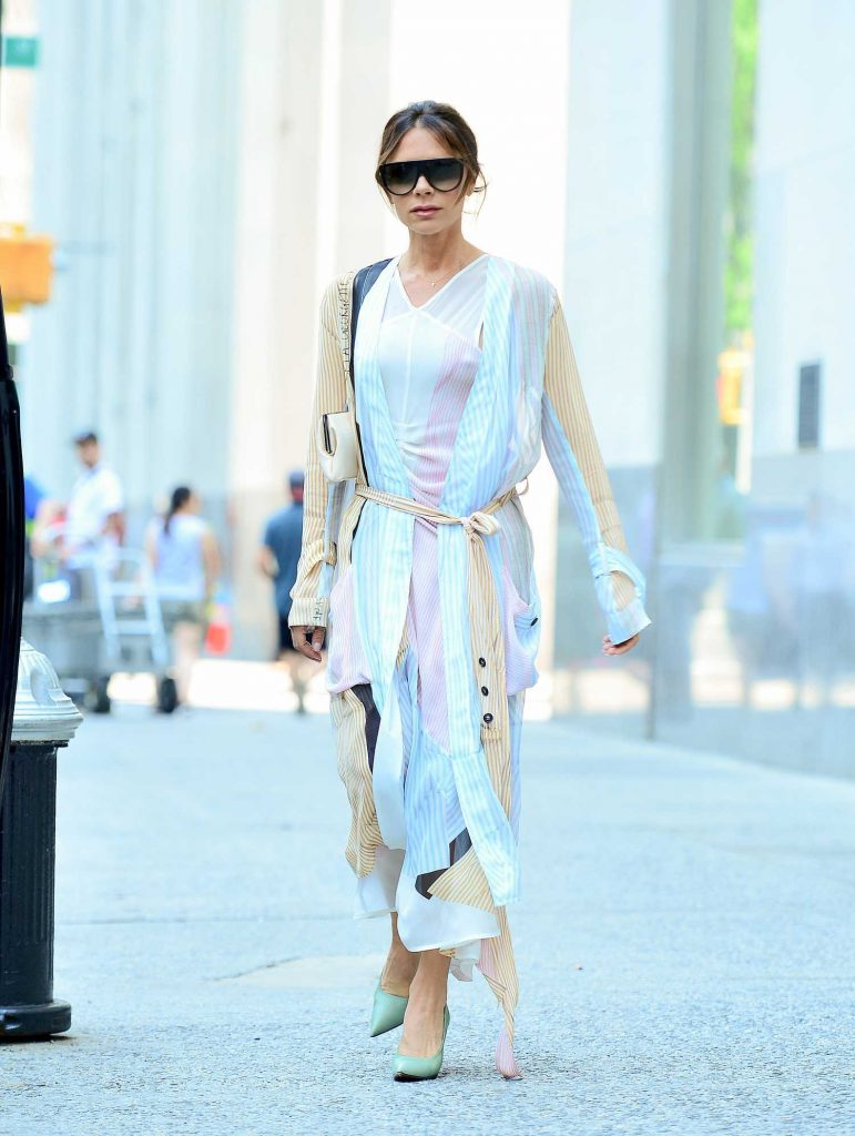 Victoria Beckham Steps Out in New York City-3