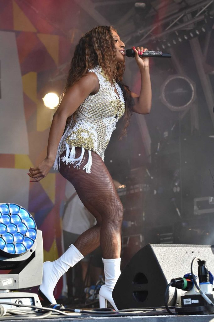 Alexandra Burke Performs at the Pride London Festival in London-2