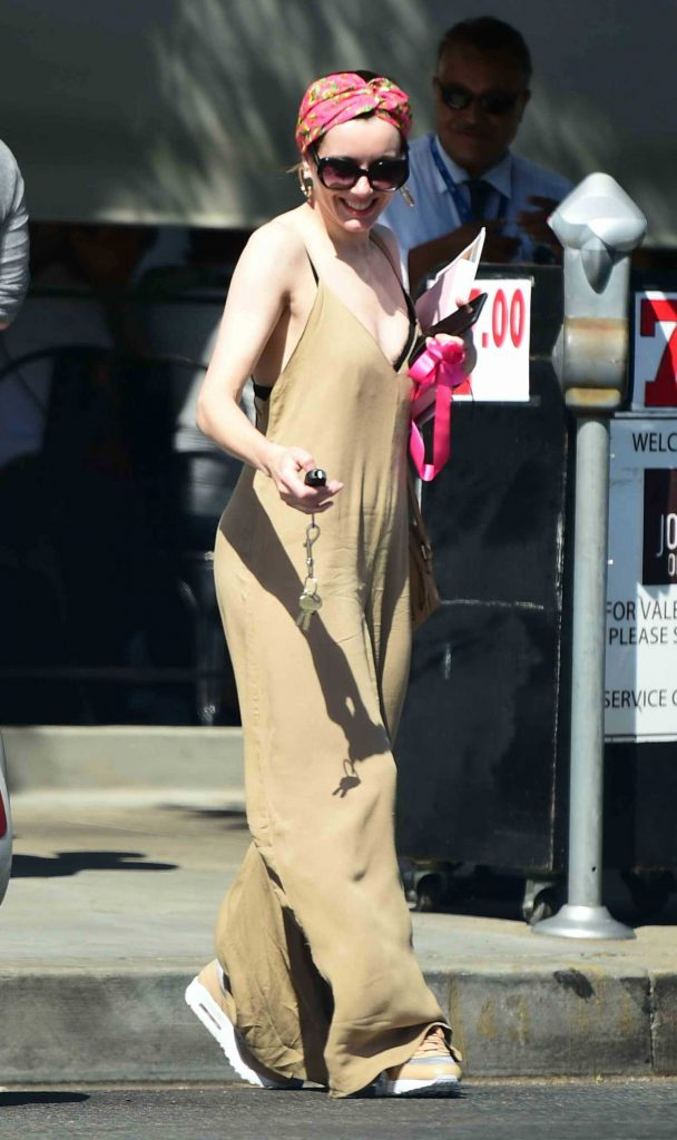 Alison Brie Was Seen Out in Los Angeles-1