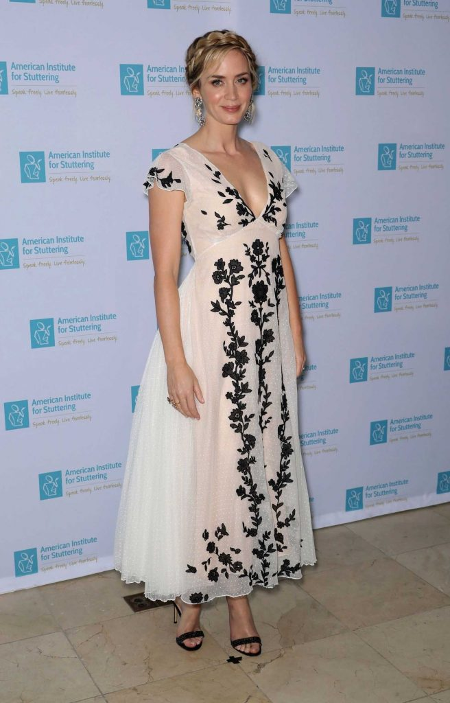Emily Blunt Attends at the 12th Annual AIS Freeing Voices Changing Lives Gala in New York-2