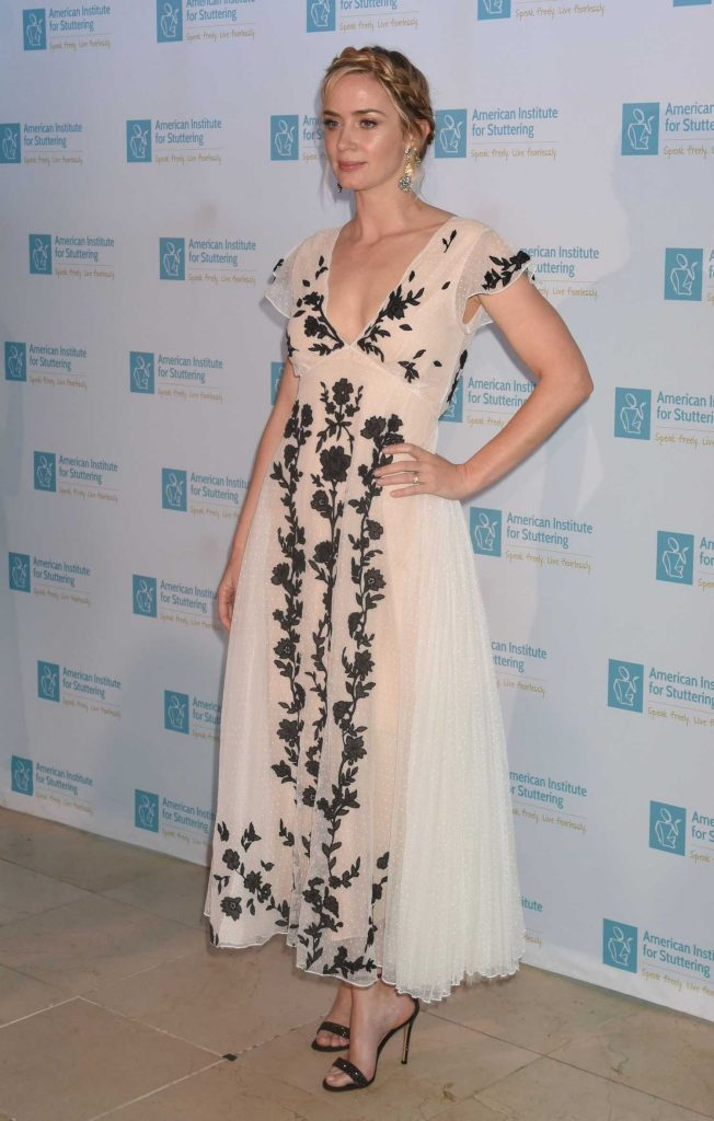 Emily Blunt Attends at the 12th Annual AIS Freeing Voices Changing Lives Gala in New York-3