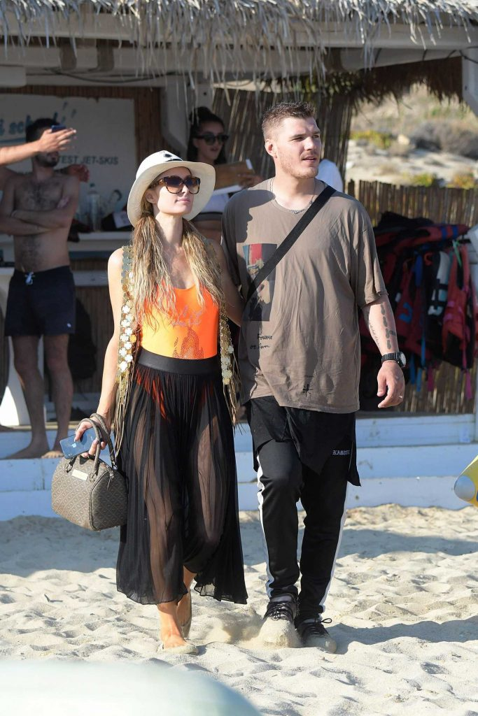 Paris Hilton Was Spotted on the Beach in Mykonos-1