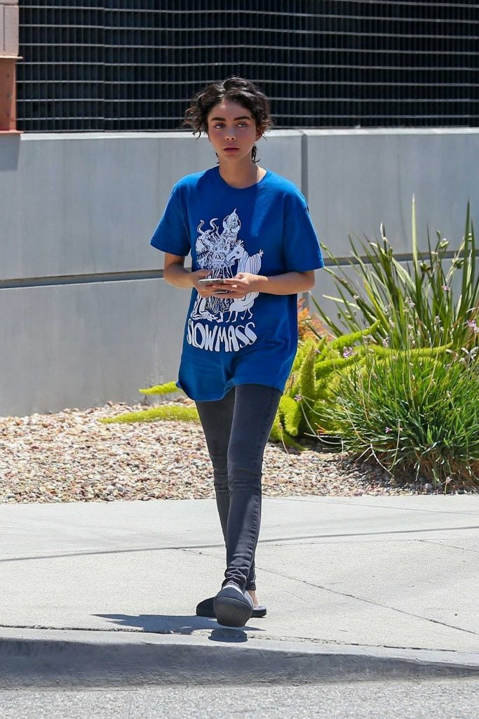 Sarah Hyland on the Set of The Wedding Year in Los Angeles-1