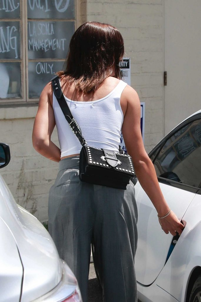 Sofia Richie Wears a White Tank-Top Out in Los Angeles-4