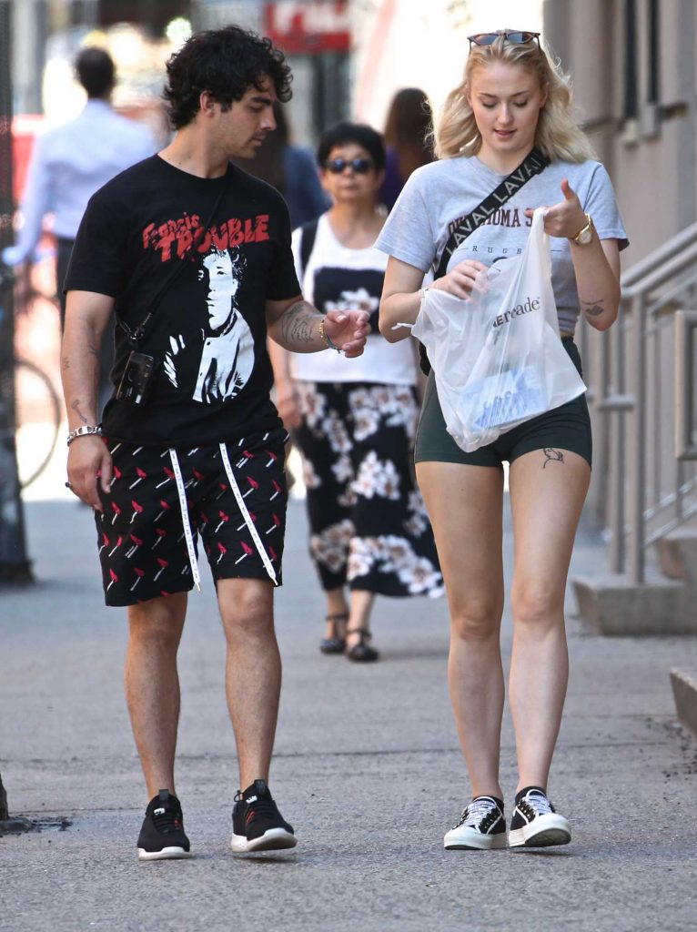 Sophie Turner Was Spotted Out with Joe Jonas in New York City-4