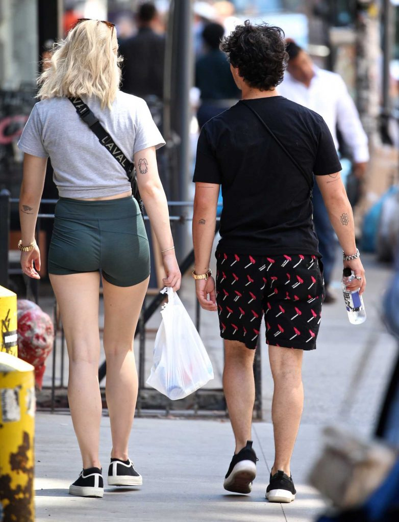 Sophie Turner Was Spotted Out with Joe Jonas in New York City-5