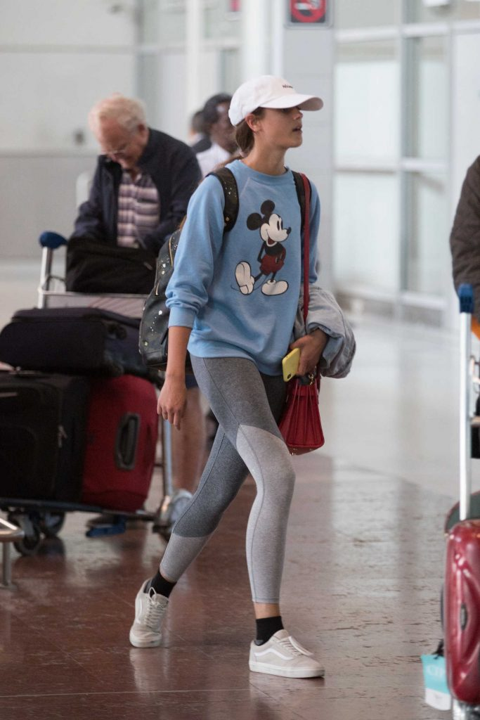 Taylor Hill Arrives at Charles de Gaulle Airport in Paris-1
