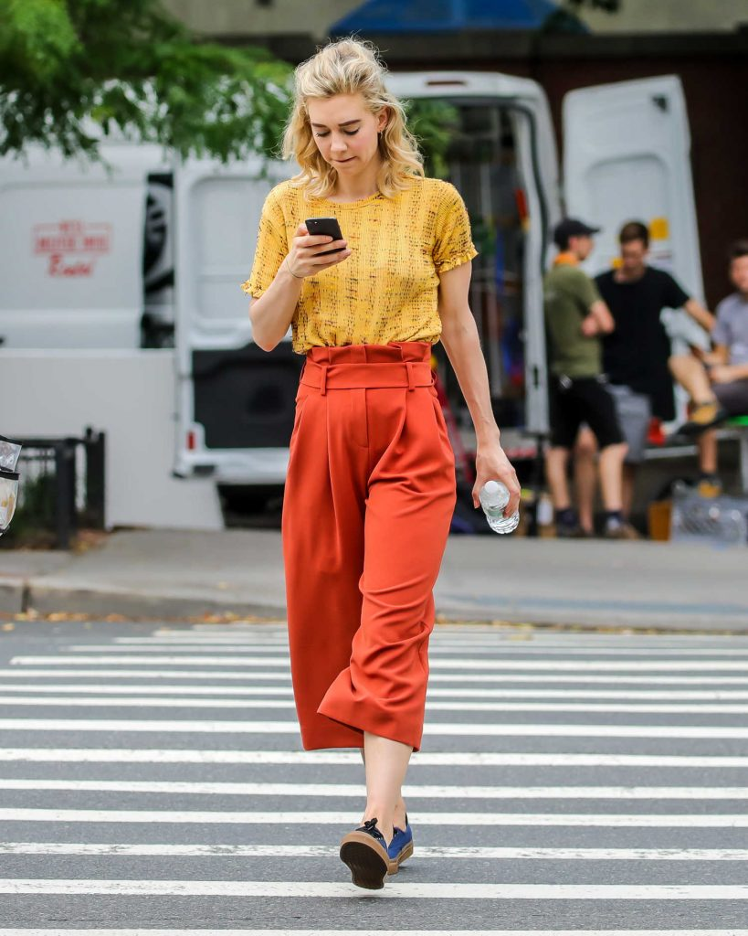 Vanessa Kirby on the Set of an Untitled Adam Leon Movie in New York City-2