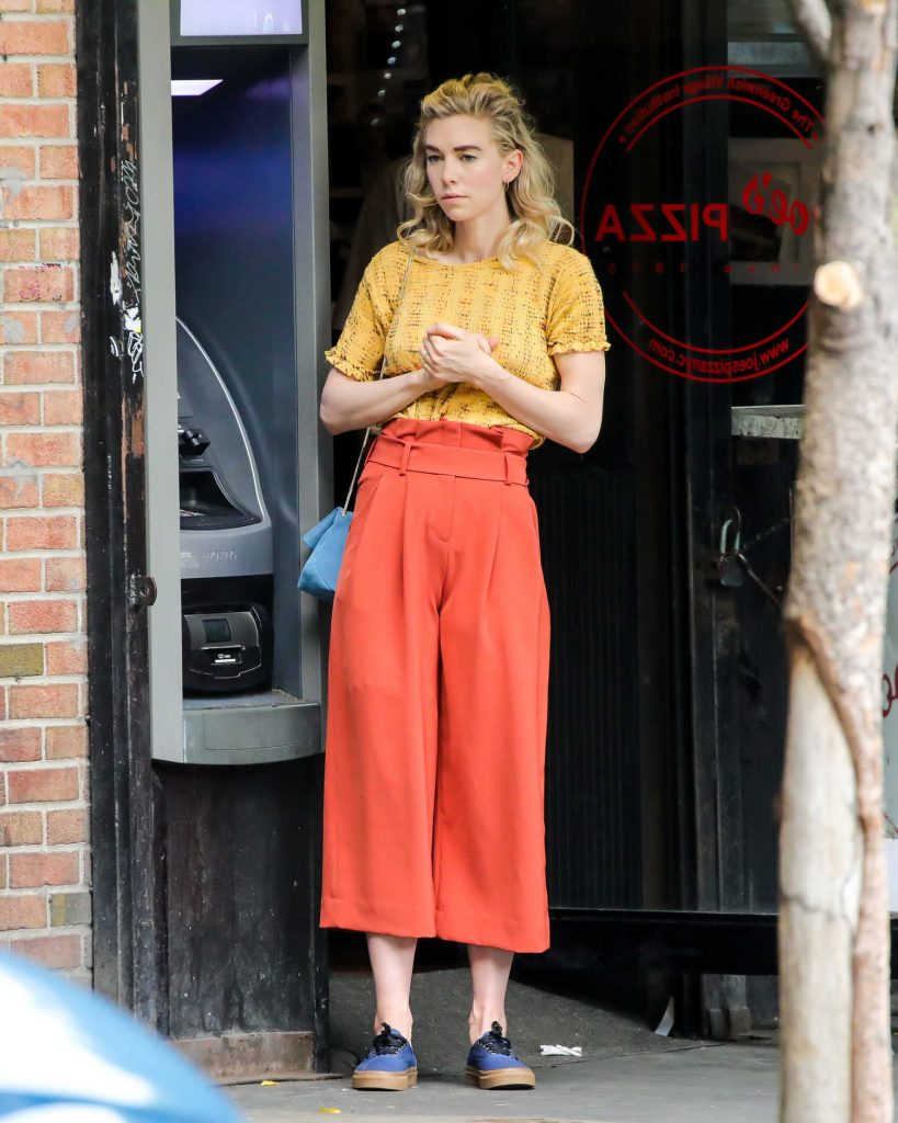 Vanessa Kirby on the Set of an Untitled Adam Leon Movie in New York City-3
