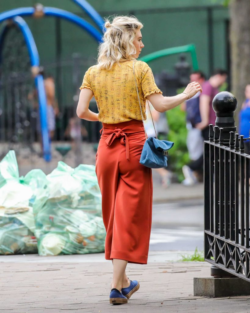 Vanessa Kirby on the Set of an Untitled Adam Leon Movie in New York City-4