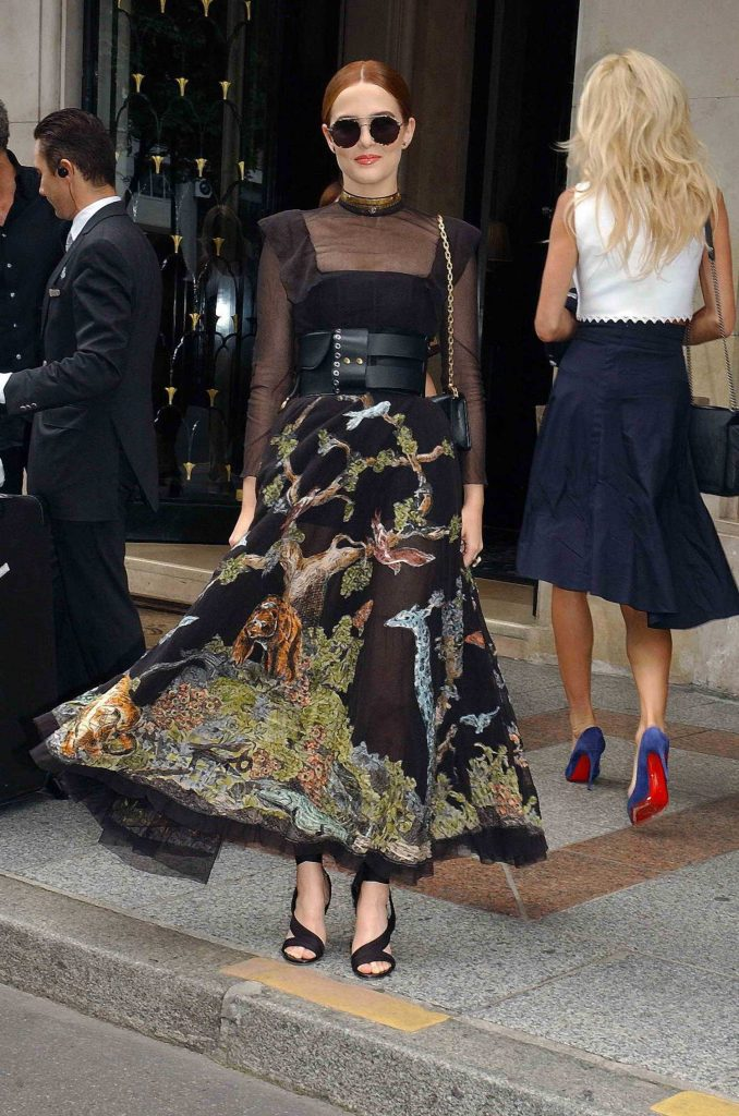Zoey Deutch Attends 2018 Christian Dior Couture Haute Couture Show in Paris-4