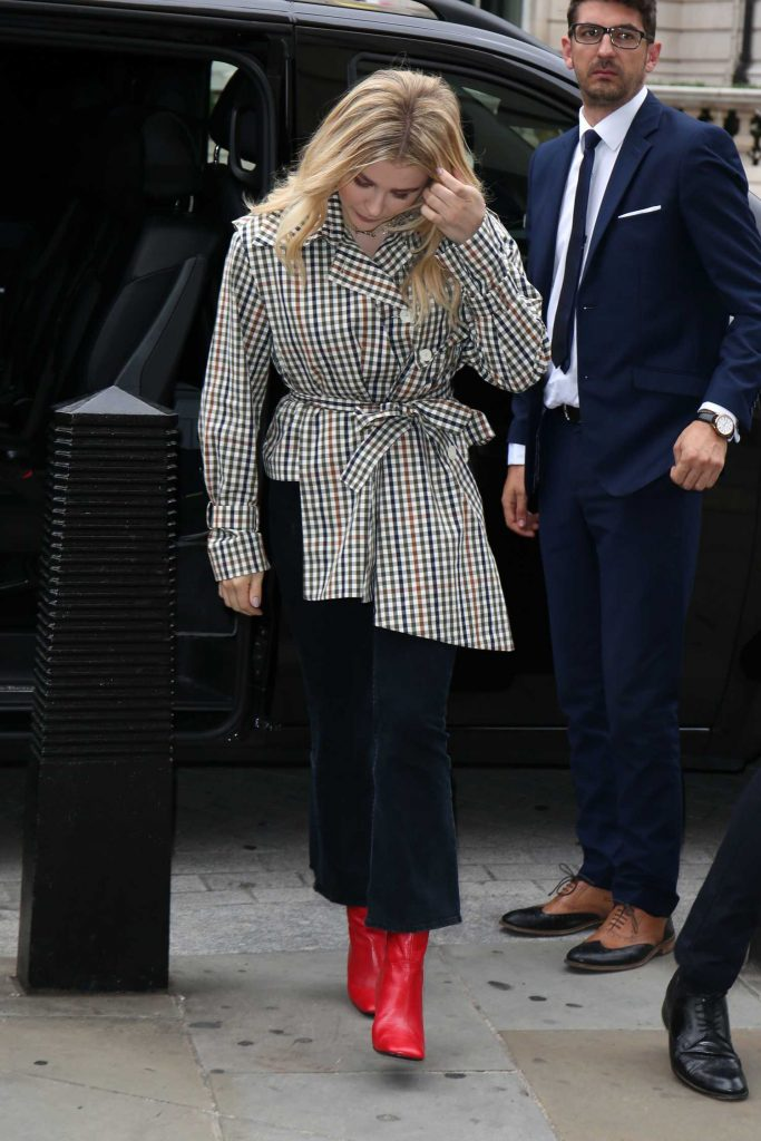 Chloe Moretz in a Red Boots