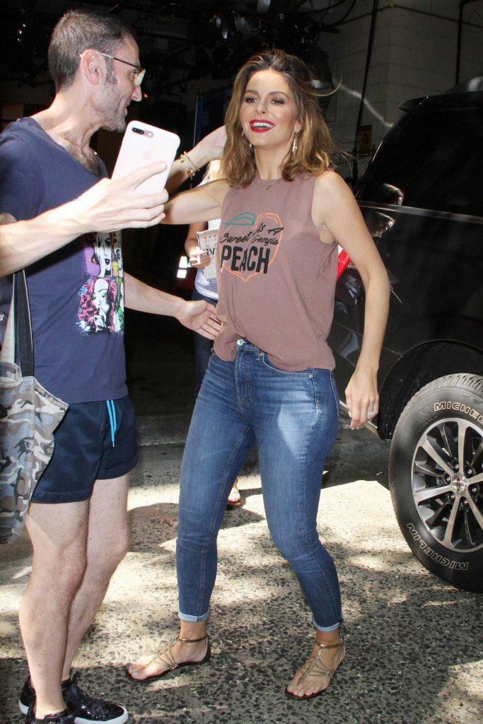 Maria Menounos in a Slim Bootcut Jeans