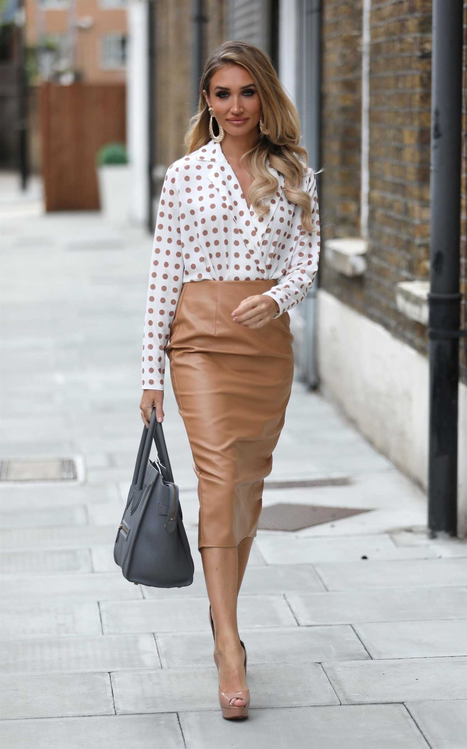 Megan Mckenna Arrives At Studio Mouthy In London Celeb Donut