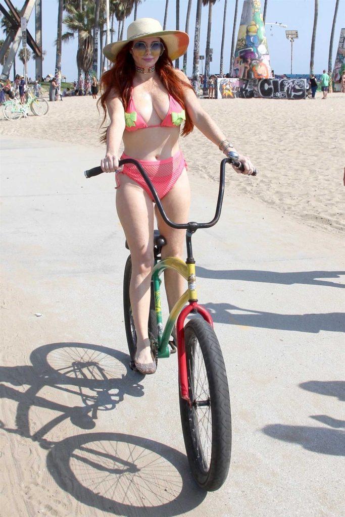 Phoebe Price in Bikini