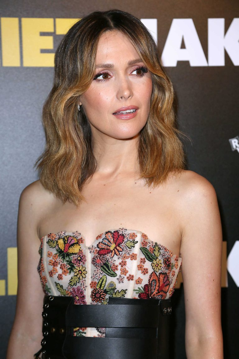Juliet, Naked review: Rose Byrne, Ethan Hawke star in a