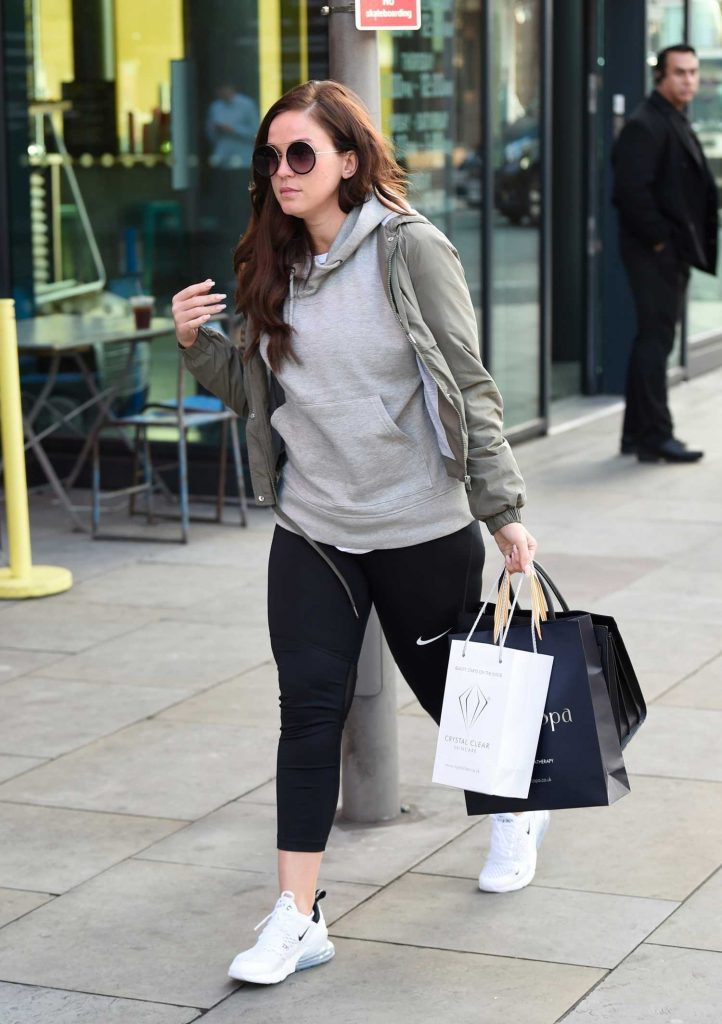 Vicky Pattison in a White Nike Trainers