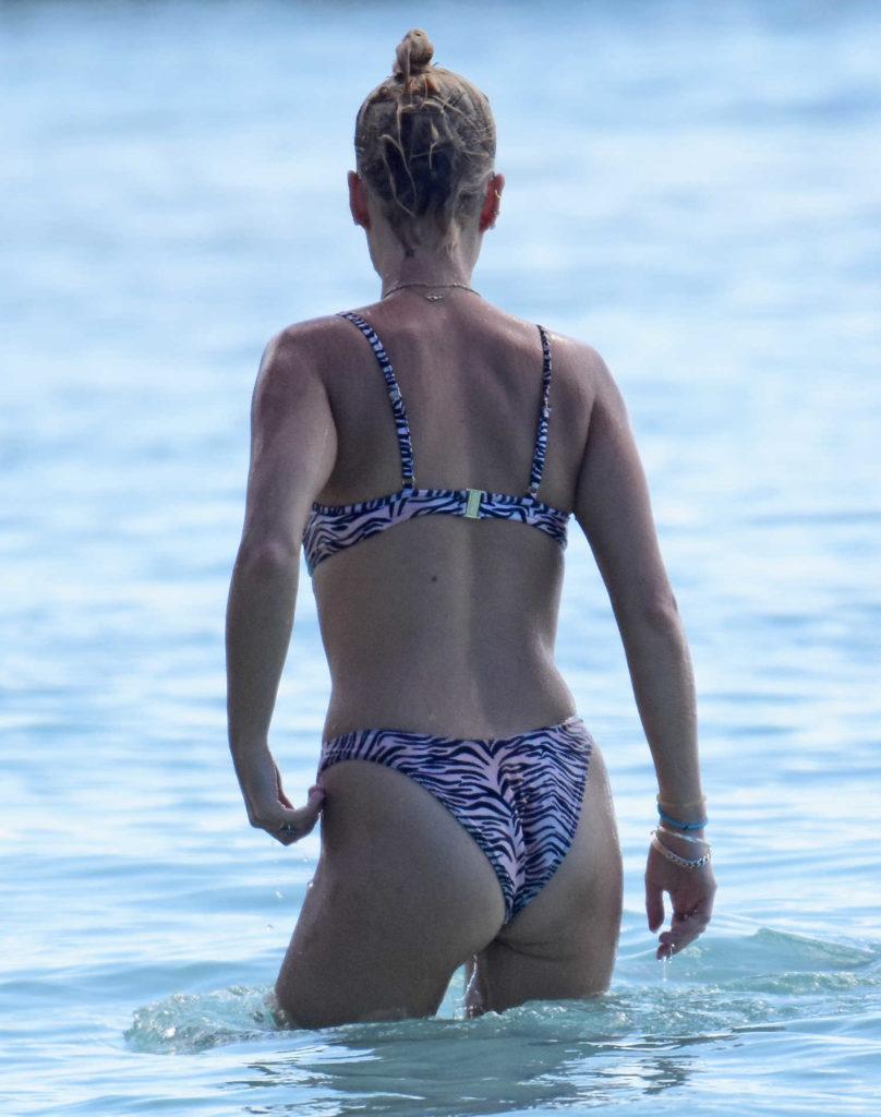 Pixie Geldof in Bikini