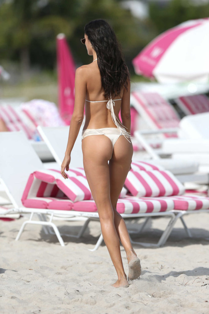 Sofia Resing in a Cream Bikini