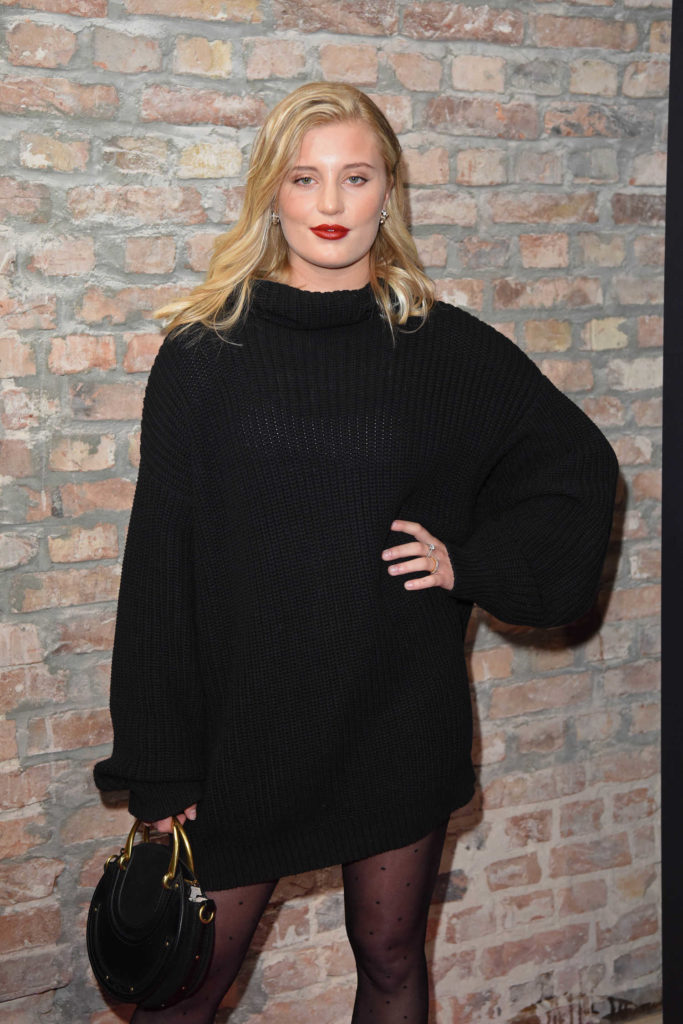 luna schweiger attends maybelline fashion show during the. Black Bedroom Furniture Sets. Home Design Ideas