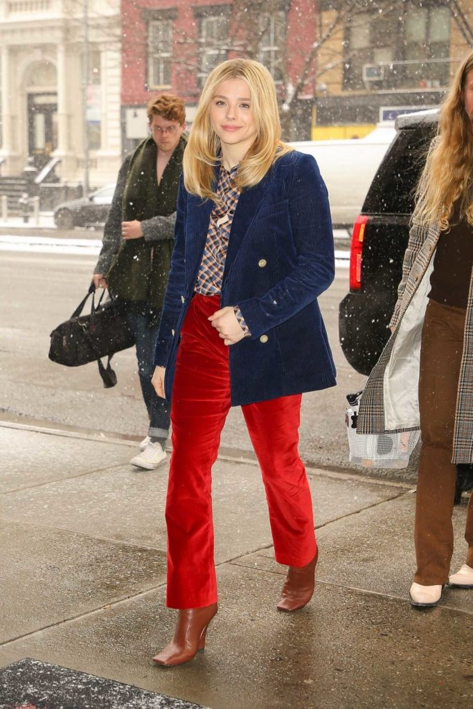 Chloe Moretz in a Red Pants