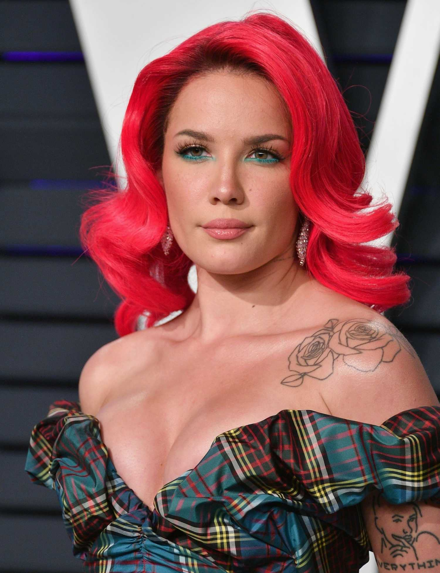 Halsey Attends 2019 Vanity Fair Oscar Party In Beverly