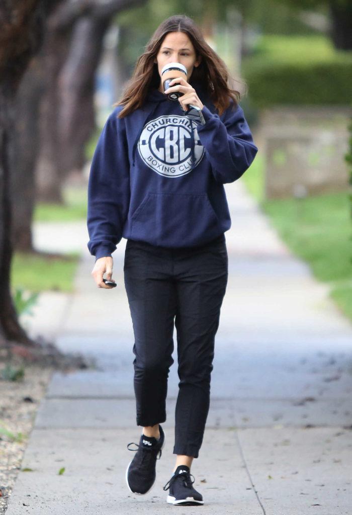 Jennifer Garner in a Blue Hoody
