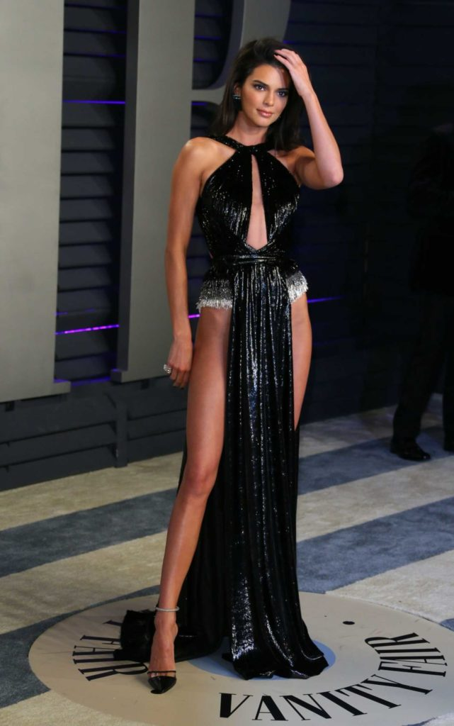 Kendall Jenner Attends 2019 Vanity Fair Oscar Party in