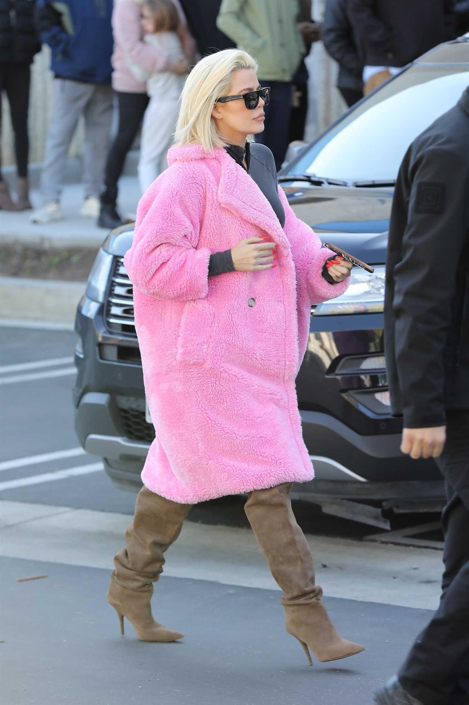Khloe Kardashian In A Pink Fur Coat Was Seen Out In