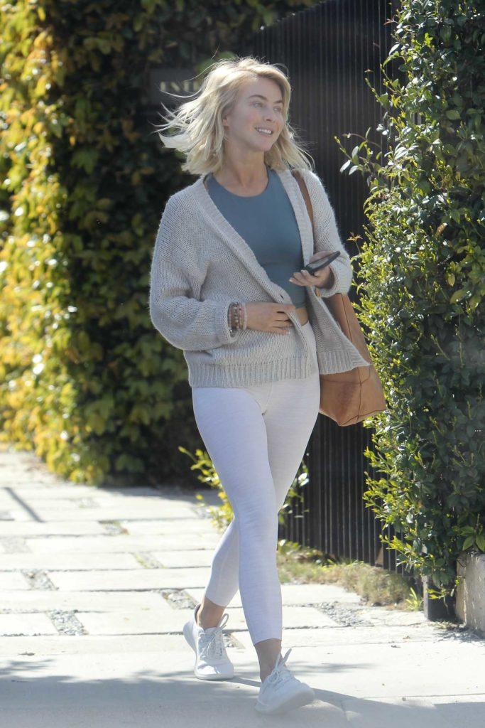 Julianne Hough in a White Leggings