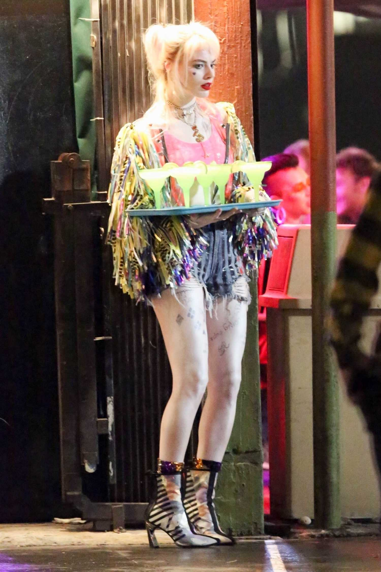 Homepage Fashion: Margot Robbie On The Set Of The Birds Of Prey In LA