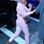 Maisie Williams in a Pink Sweatsuit Was Seen Out in New York