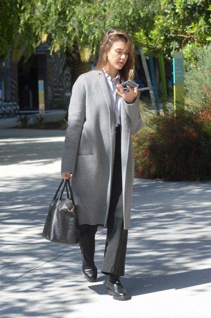 Jessica Alba in a Gray Coat