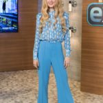 Kathryn Newton Visits Extra at Universal Studios Hollywood in Universal City