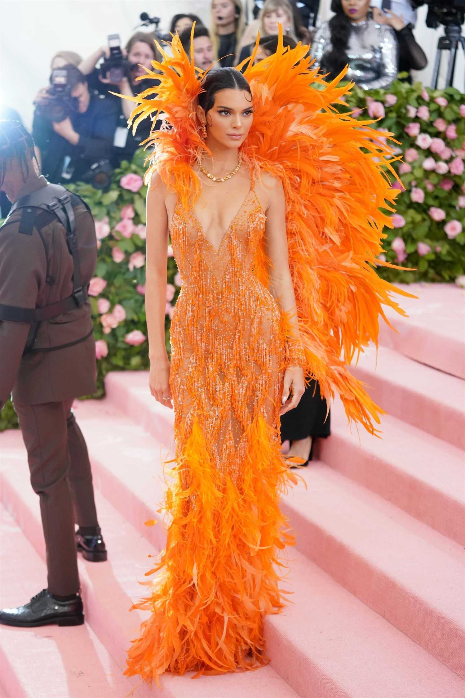 kendall jenner attends the 2019 met gala celebrating camp