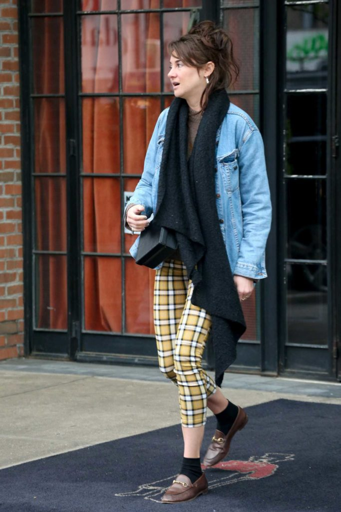 Shailene Woodley in a Blue Denim Jacket